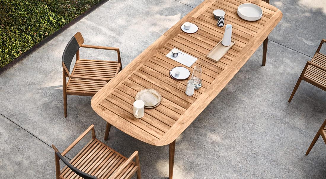Tisch + Stühle mod. ARCHI